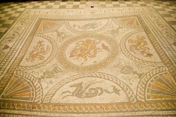 100_2382 dolphin mosaic