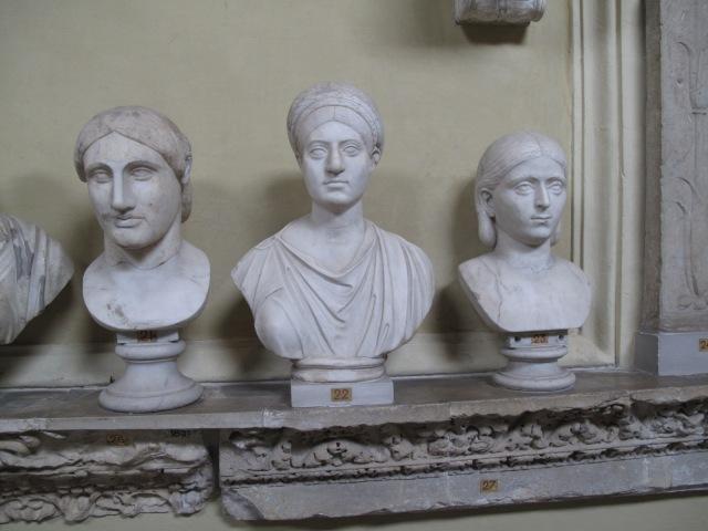 39 Roman Women Busts 21,22,23