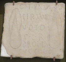 100-sevilla-arch-museum-footprints-copy